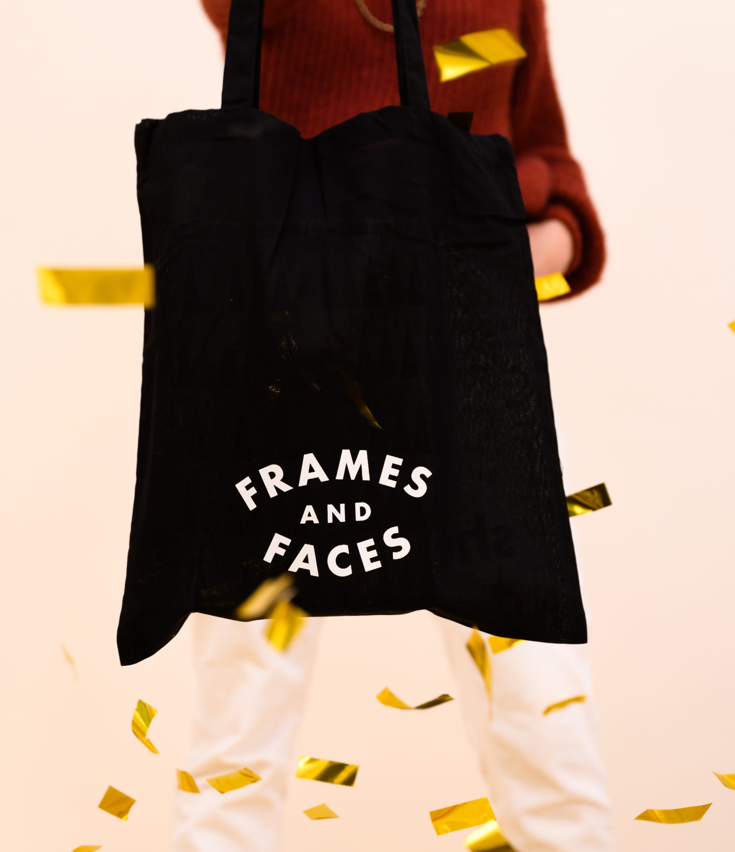 01/12 & 15/12: Sunday shopping in december! • Frames and Faces