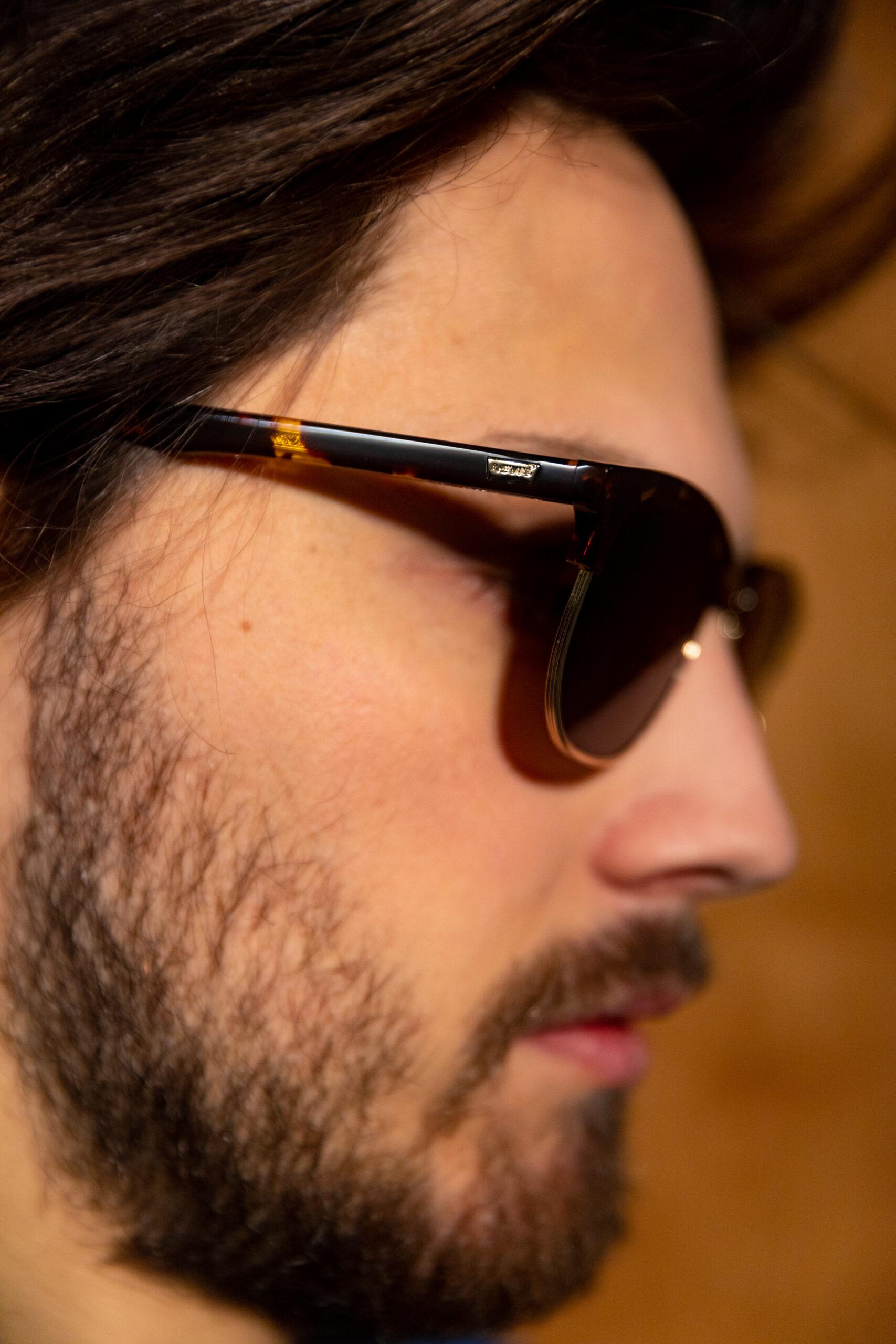 Levi's brillen en zonnebrillen • optiek Frames and Faces Deinze
