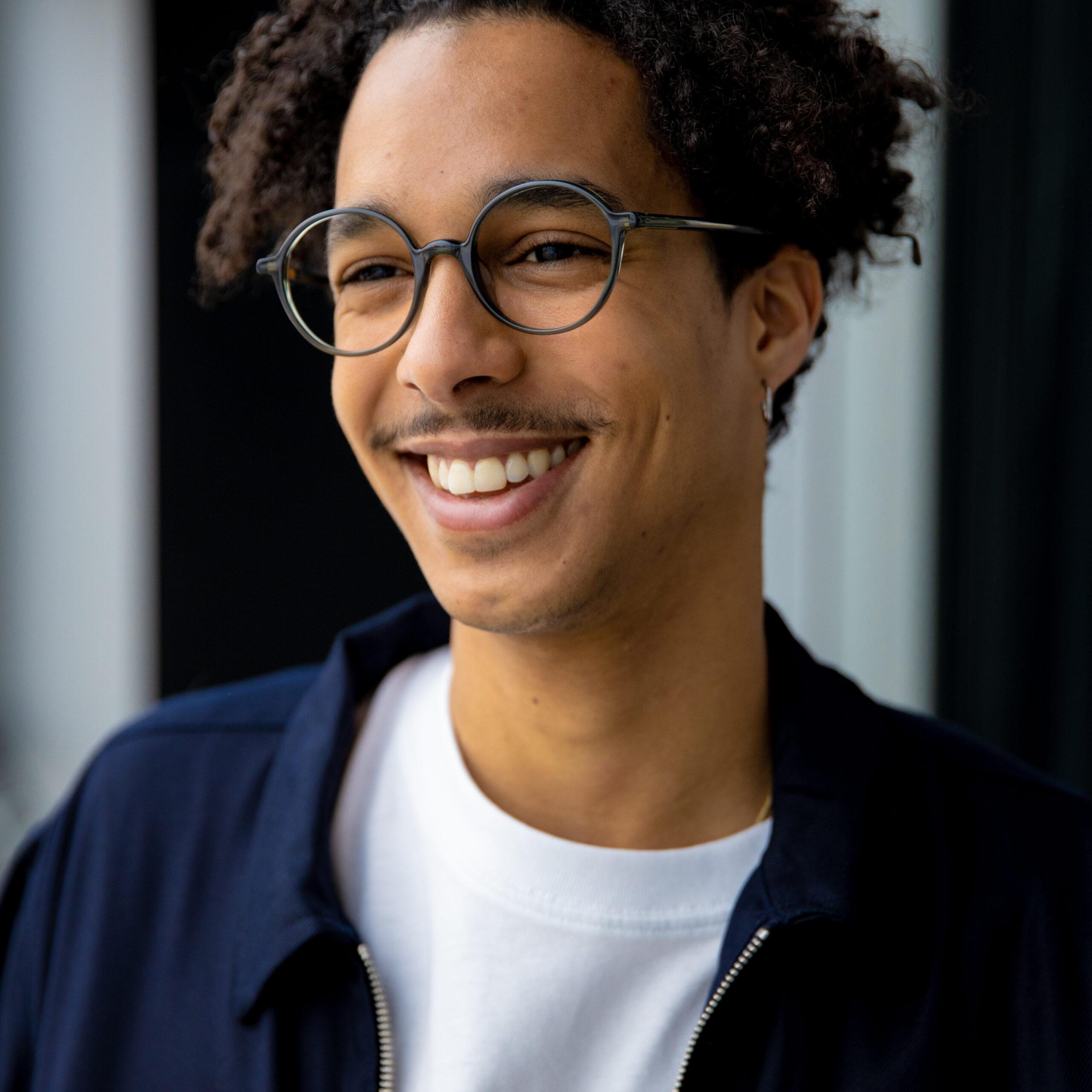 Unifocale bril voor ver of dichtbij • Frames and Faces Deinze